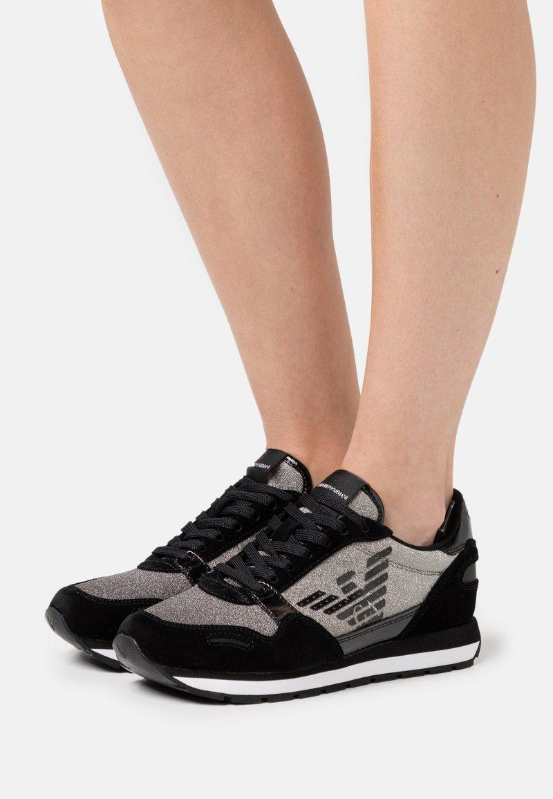 Emporio Armani - Sneakersy niskie - black