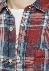 Jack & Jones PREMIUM - Skjorta - rio red - 4