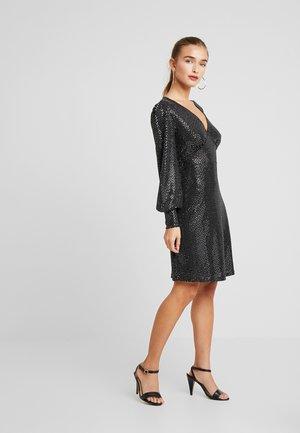 VMDARLING SHORT DRESS - Jerseykjole - black/silver