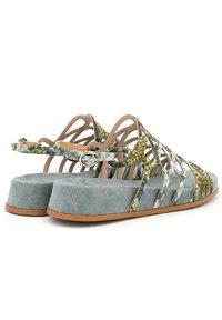 Alma en Pena - Sandals - green - 3