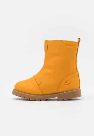 FAIRYTALE WP UNISEX - Snowboots  - honey