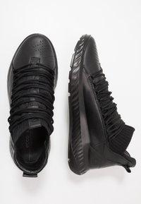 ECCO - ST.1 LITE - Sneakersy wysokie - black - 1