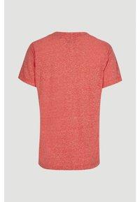 O'Neill - Basic T-shirt - hot coral - 5