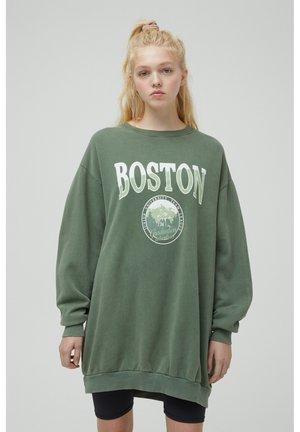 Sweater - mottled dark green