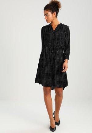 SLFDAMINA  DRESS  - Robe chemise - black/snow white dots