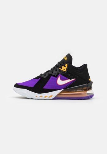 LEBRON XVIII LOW - Basketball shoes - black/white/fierce purple/racer blue