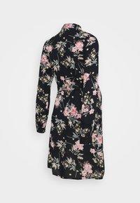 Pieces Maternity - PCMPAOLA DRESS - Shirt dress - black - 1
