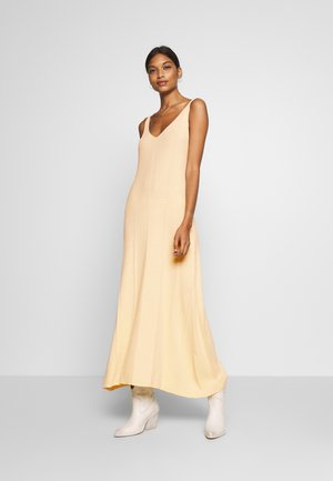MAYLN DRESS - Maxi dress - white swan