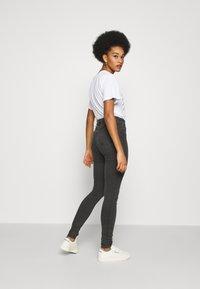 Noisy May - NMCALLIE - Jeans Skinny Fit - dark grey denim - 2