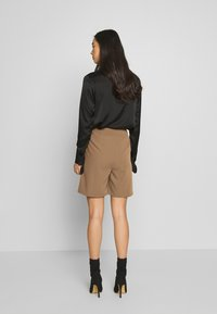 4th & Reckless - PASCAL - Shorts - camel - 2
