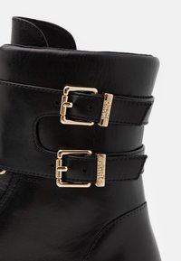 Steffen Schraut - CHAIN ROAD - Lace-up ankle boots - black - 4