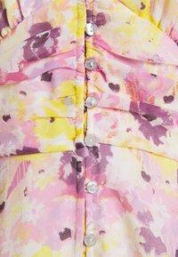 Gina Tricot - SANDRA DRESS - Vapaa-ajan mekko - pink - 2
