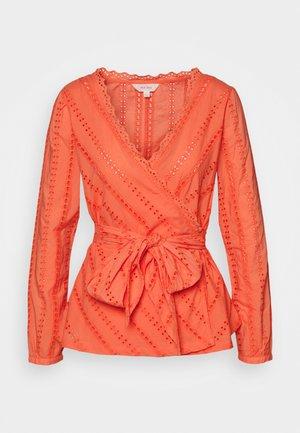 BROD WRAP  - Blouse - orange