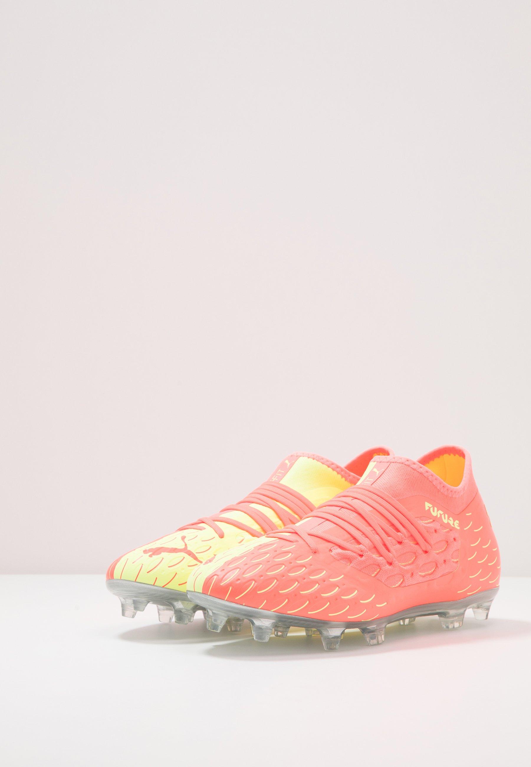 FUTURE 5.3 NETFIT OSG FGAG Fotbollsskor fasta dobbar energy peachfizzy yellow