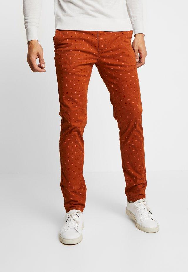 MOTT CLASSIC - Pantalones chinos - combo