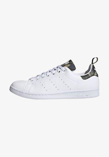 STAN SMITH PRIMEGREEN ORIGINALS SHOES - Sneakersy niskie - ftwr white/ftwr white/core black