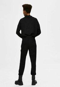 Selected Femme - Verryttelyhousut - black - 2