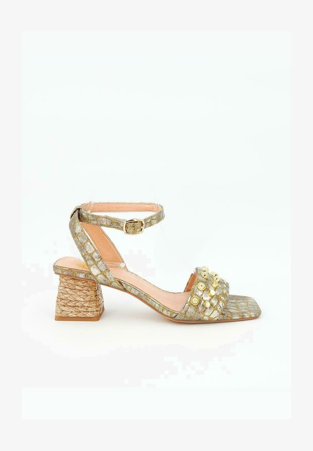TELMA - Sandales - gold