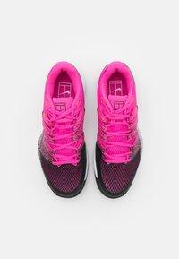 Nike Performance - NIKECOURT AIR ZOOM VAPOR X - Multicourt tennis shoes - laser fuchsia/black/white - 3