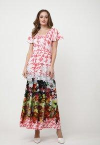 Madam-T - Maxi dress - rosa/weiß - 1
