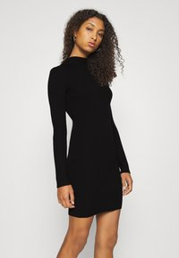 Missguided - HIGH NECK MINI DRESS - Strikket kjole - black - 3