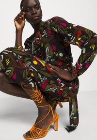 Marc Cain - Day dress - khaki - 3