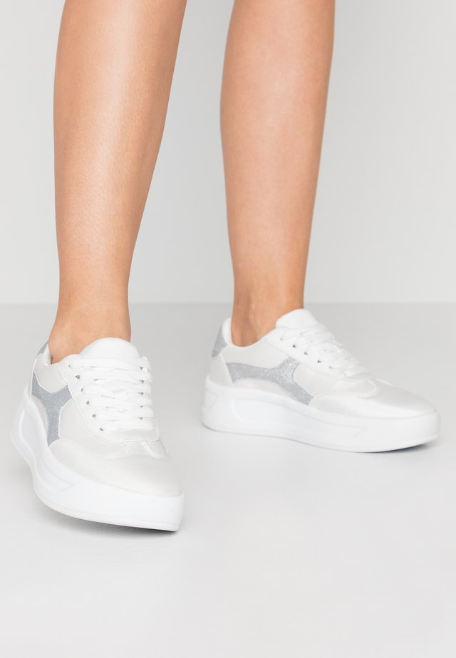 ELLIIE - Sneakers basse - white