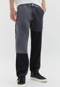 PULL&BEAR - MIT COLOUR-BLOCK - Straight leg -farkut - light grey - 0