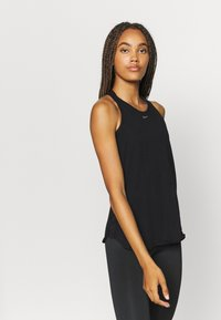 Nike Performance - AEROADAPT TANK - Camiseta de deporte - black - 0