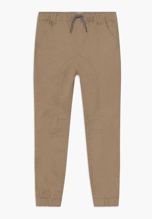 LOGAN CUFFED - Kalhoty - beige