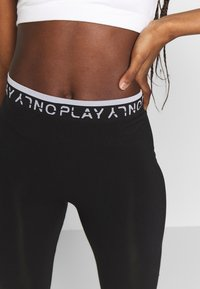 ONLY Play - ONPPERFORMANCE CIRCULAR - Punčochy - black - 3