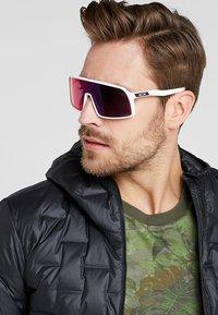 Oakley - SUTRO UNISEX - Sports glasses - white - 1