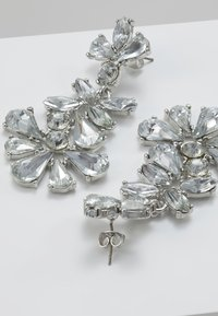 Pieces - Náušnice - silver-coloured/clear - 2