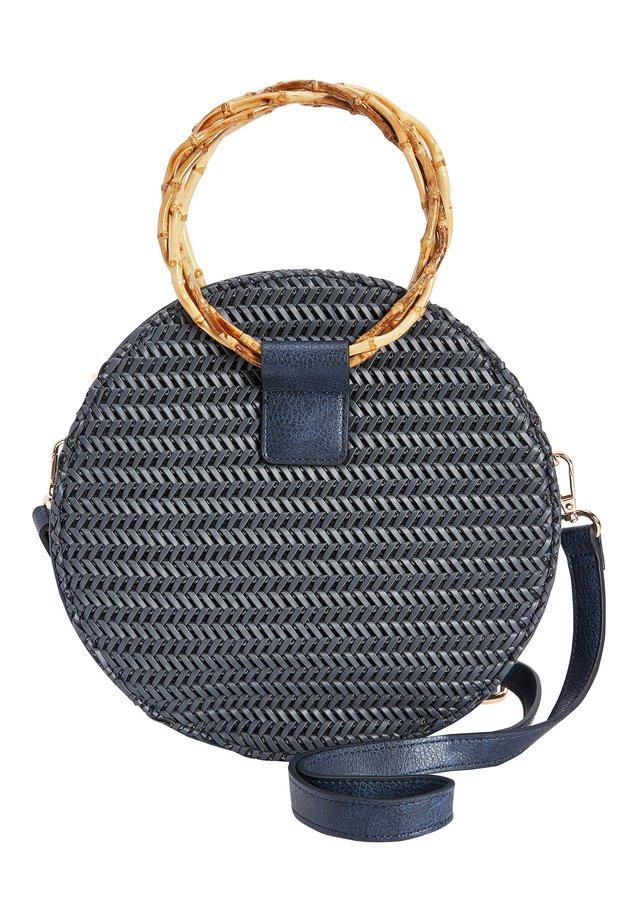 NAVY WEAVE CIRCLE HANDLE BAG - Sac bandoulière - blue
