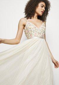 Needle & Thread - EMMA DITSY BODICE CAMI MAXI DRESS - Společenské šaty - champagne - 4