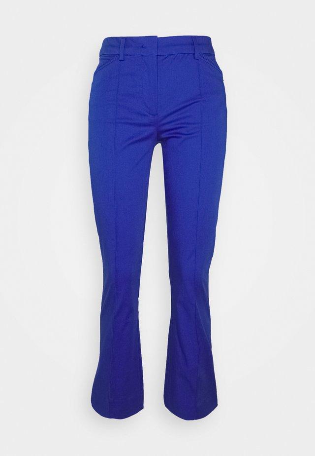 AMATI - Trousers - lichtblau