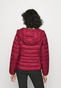 Vero Moda - VMMIKKOLA SHORT HOODY JACKET - Light jacket - cabernet - 2