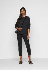 Even&Odd Petite - Leggings - Trousers - black - 1