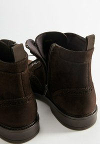 Mango - PICADOS - Lace-up ankle boots - braun - 4