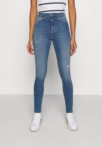 VMSOPHIA SCULPT  - Jeans Skinny Fit - light blue denim