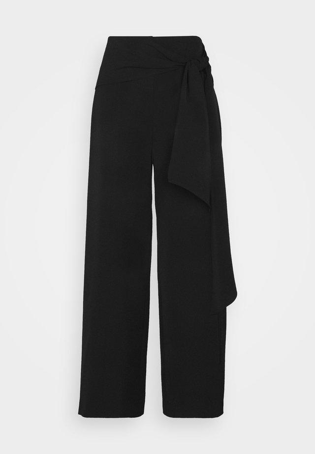 MONROE CADY PANTS - Tygbyxor - black