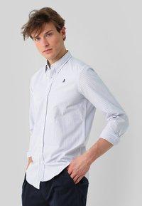 Scalpers - Shirt - skyblue stripes - 0