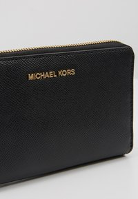 MICHAEL Michael Kors - JET SET TRAVEL FLAT CASE - Plånbok - black - 2
