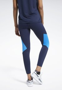 Reebok - REEBOK LUX BOLD MESH 2 LEGGINGS - Tights - blue - 2