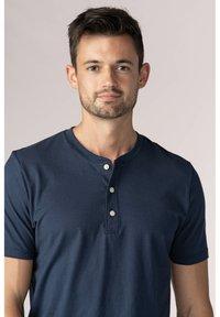 mey - Basic T-shirt - yacht blue - 0