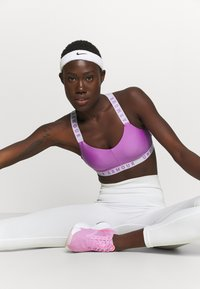 Under Armour - Sports bra - exotic bloom - 2