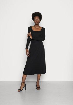 SKATER - A-line skirt - black