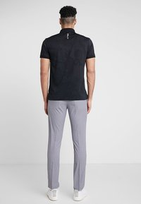 Cross Sportswear - BYRON HOUND TOOTH - Chinos - white - 2