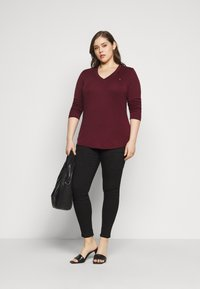 Tommy Hilfiger Curve - SLIM COSY - Long sleeved top - deep rouge - 1