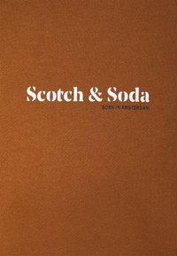 Scotch & Soda - ORGANIC HOODED UNISEX  - Hoodie - tobacco - 7